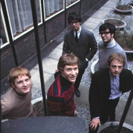 Manfred Mann Chapter 1 [Colour] 8